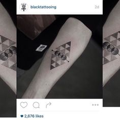 Hey guys go and follow @blacktattooing @blacktattooing @blacktattooing thanks so much for sharing my stuff guys!!! #tattoo #tattoos #tatuaje #geometricart #geometrictattoo