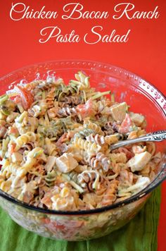 """If you enjoy Outback Ranch dressing, you will do a Happy Dance over this Chicken Bacon Ranch Pasta Salad. I used a Copycat Outback Ranch Dressing to make this pasta salad. Pasta Recipes, Salad Recipes, Chicken Recipes, Dinner Recipes, Cooking Recipes, Healthy Recipes, Recipe Chicken, Bacon Ranch Pasta Salad, Chicken Bacon Ranch Pasta"