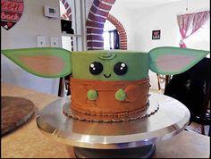 Star Wars Birthday Cake, Star Wars Cake, Star Wars Party, 9th Birthday, Birthday Ideas, Aniversario Star Wars, Yoda Cake, Cake Decorating Designs, Cute Cakes