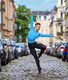 Male Ballet Dancers, Sporty, Running, Style, Fashion, Swag, Moda, Ballet Dancers, Fashion Styles