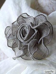 Hand+Made+Brooch+Rose+Graphite+Linen crafts wedding, Linen Scarves Cloth Flowers, Burlap Flowers, Lace Flowers, Felt Flowers, Fabric Flowers, Ribbon Flower, Burlap Crafts, Fabric Crafts, Material Flowers