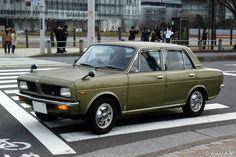 ホンダ初の本格的な小型乗用車として1969年に誕生したホンダ 1300です。 翌年発売の1300 クーペはこちらをご覧ください。→Honda 1300 Coupe 1970- Honda 1300 Tokyo 2011年撮影 Honda 1300 Tokyo 2011...