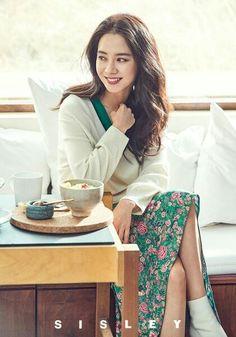 Song Ji Hyo for Sisley Running Man Cast, Ji Hyo Running Man, Korean Celebrities, Celebs, Kim Tae Hee, Sistar, Girl Day, Korean Beauty, Girls Generation