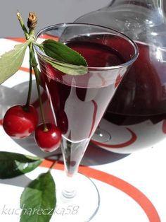 Nalewka wiśniowa Non Alcoholic Drinks, Beverages, Birthday Greeting Message, Vodka, Polish Recipes, Irish Cream, Mixed Drinks, Liquor, Sweet Treats
