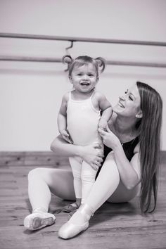 Photography kids dance dancers 41 ideas for 2019 Photography Studio Names, Ballet Photography, Children Photography, Family Photography, Food Photography, Mother Daughter Photography, Ballet Kids, Dance Pictures, Family Pictures