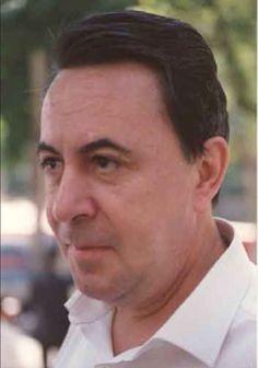 """Claudio Rodríguez , nace en Zamora en 1934, premio Adonais de poesia con """"Don de la ebriedad"""" a los 18 años. Nacional de poesia en 1983. Premio Príncipe de Asturias en 1993."""