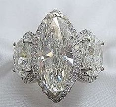 Diamond Marquise Ring. Breathtaking! See the Complete Outfit and Description on this board - Gabrielle #WhiteDiamonds