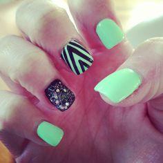 Color combo gel nails, mint nails, nail nail, acrylic nails, na Mint Green Nails, Mint Nails, Gel Nails, Nail Polish, Neon Green, Acrylic Nails, Nail Nail, Black Nails, White Nails
