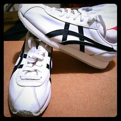 Deadstock asic shoes