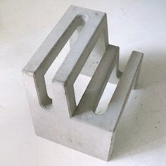 http://www.spoon-tamago.com tenkei-concrete-bicycle-rack