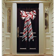 A big bow for a whole door