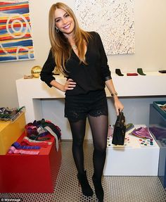 Perfect stocking fillers: Sofia Vergara attends Tie The Knot Pop-Up Store at The Beverly Center on Thursday Pantyhose Outfits, Black Pantyhose, Tights Outfit, Black Tights, Nylons, Sofia Vergara, Shorts Negros, Hottest Female Celebrities, School Girl Outfit