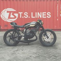 Yamaha RX cafe racer discover #motomood