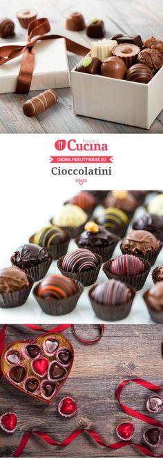Cioccolatini Chocolate Pack, Homemade Chocolate, Chocolate Cookies, Chocolate Recipes, Homemade Desserts, Mini Desserts, Christmas Desserts, Dessert Recipes, Biscotti