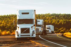 If shipping is an integral part of your company, then finding a reliable and trustworthy transportation company becomes paramount. But finding such a company that can fulfil all your shipping requirements in the way you want can be challenging. Semi Trucks, Used School Bus, Truck Driving Jobs, Truck Drivers, All Truck, Images Gif, Gps Tracking, Self Driving, Commercial Vehicle