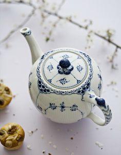 LatteLisa: blue & white patterns II