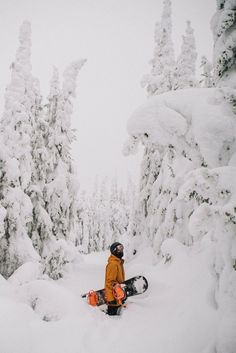 6 Reasons Why You Should Go To Lake Tahoe For Spring Break - Snowboarding adventure Winter - Whistler, Lac Tahoe, Alpe D Huez, Vail Colorado, Lake George, Ski And Snowboard, Snowboarding Style, Winter Fun, Winter Snow