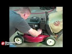 How to Change Lawn Mower Oil - http://www.thehowto.info/how-to-change-lawn-mower-oil/