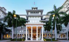 Waikiki Beach Resorts | Moana Surfrider, A Westin Resort & Spa - Take a Tour | Waikiki Beach Luxury Resorts