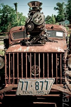 old Jeep?? Power Wagon?? Rat Rod Very Cool!!