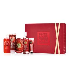 The Strawberry Premium Selection Gift Set is a luxurious, sweetly scented set of body care essentials.