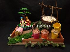 Wedding Gift Baskets, Wedding Gift Wrapping, Wedding Cards Handmade, Thali Decoration Ideas, Diy Diwali Decorations, Hand Crafts For Kids, Diy Crafts For Gifts, Indian Wedding Gifts, Housewarming Decorations
