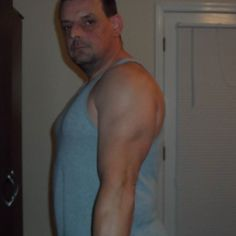 Happy Flex Friday FitFam 2-5-16 #beastmode #bodybuilding #bodybuildingcom #commitment #consistency #dedication #fitfam #flexfriday #legionofboom #motivation #muscle #nevergiveup #nodaysoff #nolimits #transformation #transformforlife by myfitnessjourney919
