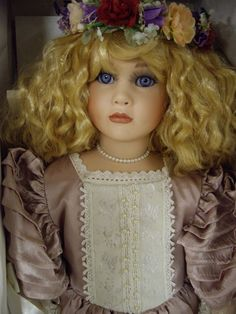 1995 Doty Doll of the Year, Seymour Mann , A Connoisseur Collection
