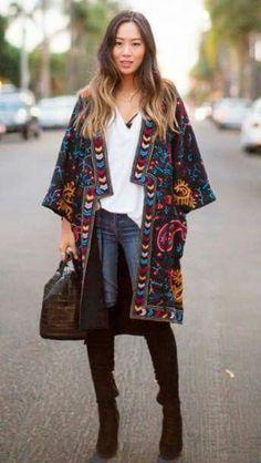 Bohemian Style 412853490837827026 - cardigan kimono grunge oversized streetwear streetstyle boho boho chic hippie gypsy grunge wishlist bohemian style fashion alternative kimono hippie sweater oversized sweater Source by mamikiwi Cardigan Kimono, Kimono Outfit, Kimono Jacket, Kimono Fashion, Outfit Jeans, Kimono Style Dress, Oversized Cardigan, Boho Dress, Hippie Style