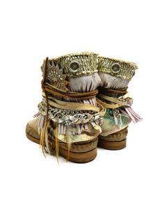Karma of charme boots Santa Cruz Mia - beige vind je bij Emmen schoenen de (online) winkel voor mooie schoenen