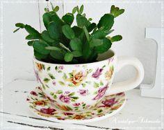 Blumentopf Übertopf von Nostalgie-Schmiede auf DaWanda.com