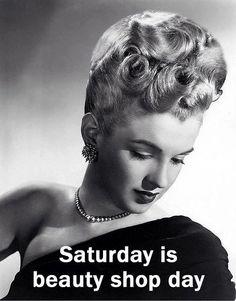1940s Hairstyles, Hairdos, Helmet Hair, Shopping Day, Beauty Shop, Esquire, Vintage Beauty, Hairdresser, Feminine