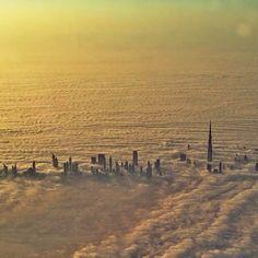 Dubai from above the clouds Abu Dhabi, Places To Travel, Places To See, Wonderful Places, Beautiful Places, Voyage Dubai, Dubai Architecture, Parks, Dubai City