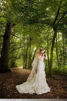 Nature bride www.somethingnewmedia.com/
