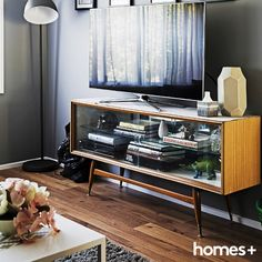 pieces with a work well in Jet and Joey's and As featured in the August 2015 issue of homes+. Family Rooms, Living Rooms, Console Tv, Contemporary Style Homes, House And Home Magazine, Midcentury Modern, Retro Style, Interior Inspiration, Jet