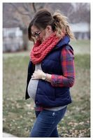 materity-chunky-scarf-casual-look.jpg