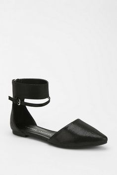 Encino Ankle-Wrap Flat - Urban Outfitters