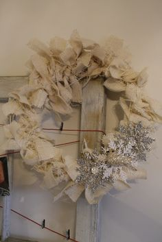 Primitive & Proper: Glitter, Burlap, & Glue, Oh My AND EVEN MORE handmade gifts! Oh yeah...