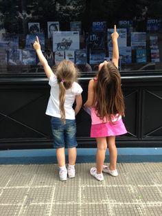 Cata y Juli en Belgrano