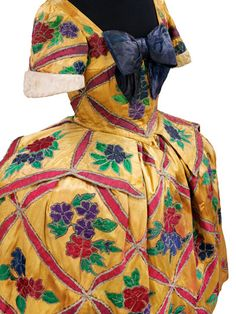 Detail of costume for Mariuccia in The Good-Humoured Ladies, designed by Léon Bakst, Theatre Costumes, Ballet Costumes, Fancy Costumes, Vintage Costumes, Vintage Dresses, Vintage Outfits, Vintage Fashion, Silk Taffeta, Silk Satin