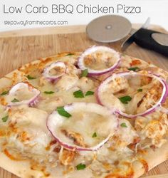 Low Carb BBQ Chicken Pizza - less than 9g net carbs for the whole pizza!