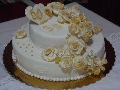 Torte in pasta di zucchero nozze d 39 oro cerca con google for Decorazione torte per 50 anni di matrimonio