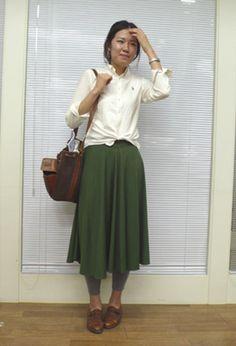 green skirt, vintage shoes, Celine bag