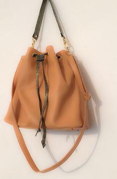 Bucket bag for summer! Bucket Bag, Leather Bag, Summer, Bags, Fashion, Handbags, Moda, Summer Time, La Mode