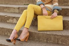 Polka Dot Jeans - Yes or No? What do you think about polka dot jeans? Photo by Atlantic-Pacific Estilo Fashion, Look Fashion, Womens Fashion, French Fashion, Fall Fashion, Polka Dot Jeans, Polka Dots, Yellow Pants, Yellow Clutch