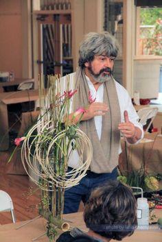 Deco Floral, Arte Floral, Modern Floral Arrangements, Flower Arrangements, Flower Show, Flower Art, Gregor Lersch, Art Competitions, Mechanical Design