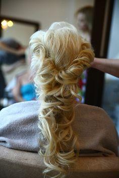 Samo bridal hair style