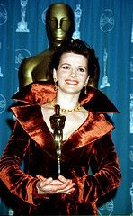 """1996 Juliette Binoche won an Oscar as best supporting actress for the  movie """"The English Patient"""""""