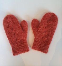 Dagens gratisoppskrift: Autumntwist mittens | Strikkeoppskrift.com Mittens Pattern, Wool, Knitting, Threading, Tricot, Breien, Stricken, Weaving, Knits