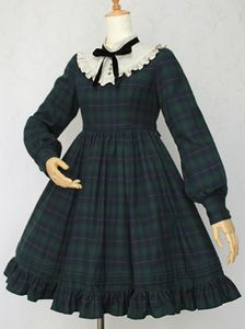 British Check Doll OP by Victorian Maiden Kawaii Fashion, Lolita Fashion, Cute Fashion, Rock Fashion, Emo Fashion, Old Fashion Dresses, Fashion Outfits, Fashion Boots, Vestidos Vintage